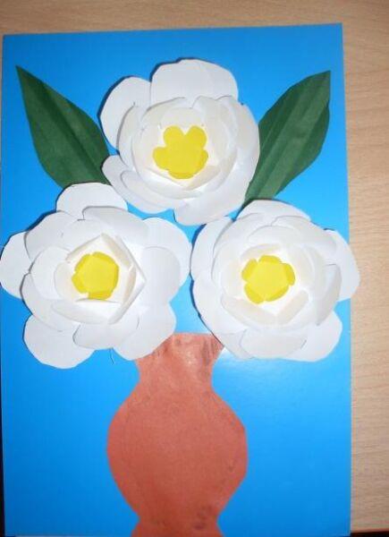 Paper Flowers & # 8212; Mga scheme at mga template para sa paglikha ng mga kulay ng papel na yugto 149.