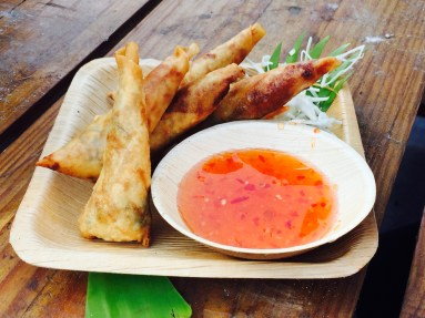 spring-rolls-at-neung-roi
