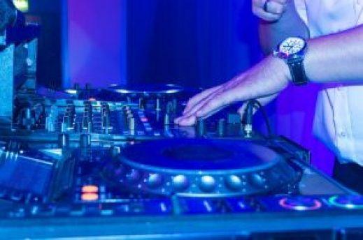dj-karaoke-party