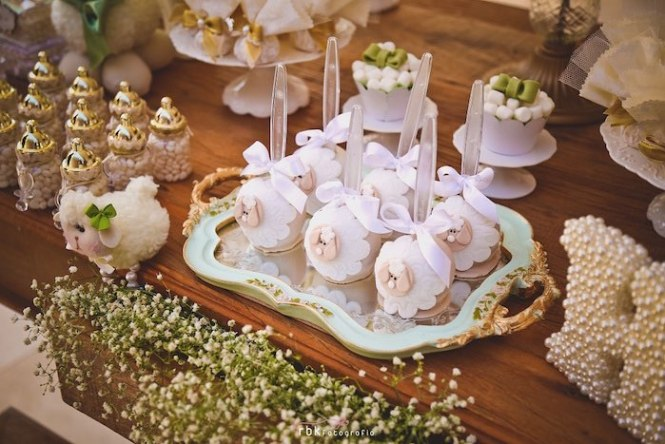 Very Cute Adorable Beautiful Hanging Decoration Set Sheep Baby Nursery For Sleeping Above The Crib