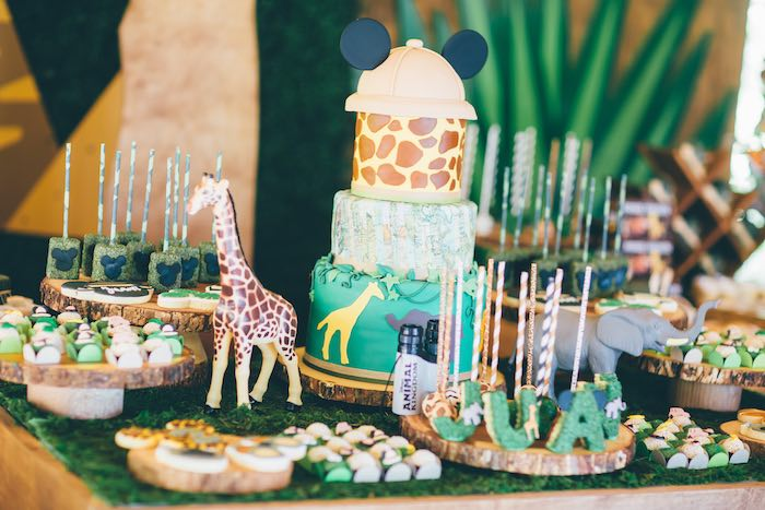 Baby Safari Cakes Theme Shower