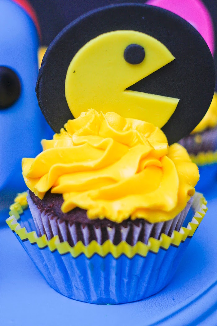 Kara S Party Ideas Pac Man Themed Birthday Party Kara S