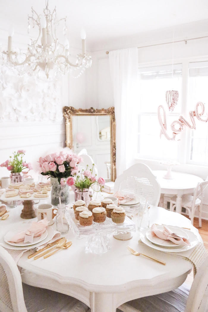Karas Party Ideas Sweet And Elegant Valentines Day Party