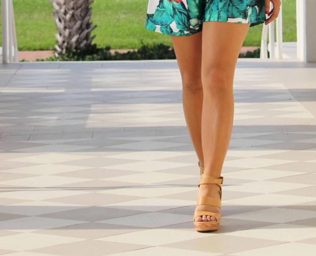 Perfect Summer Romper | www.karatapangan.com