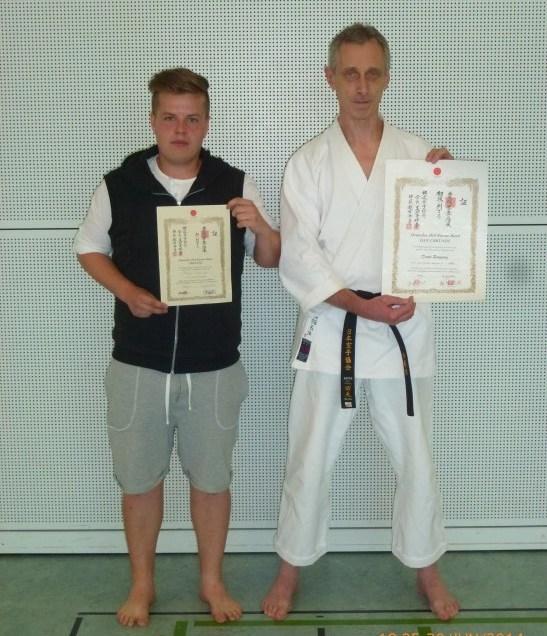 Dan und Kyu-Prüfung beim Karate Lehrgang mit Shihan Ochi in Tamm