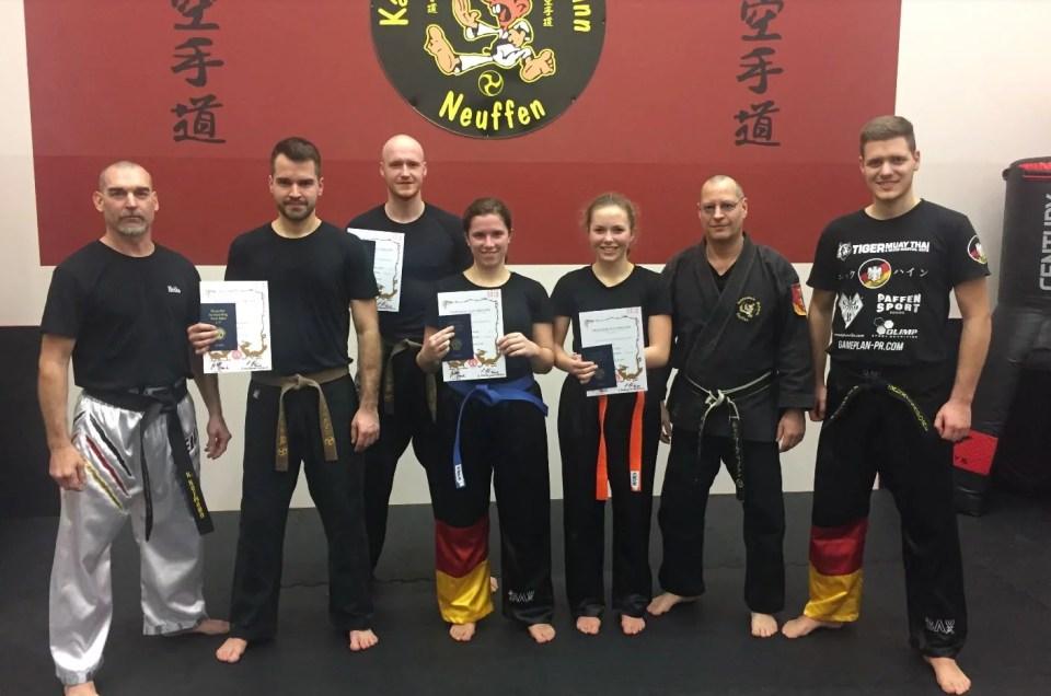 Karateschule Weitmann Neuffen gibt folgende Prüfungsergebnisse vom 20.12.2017 bekannt: