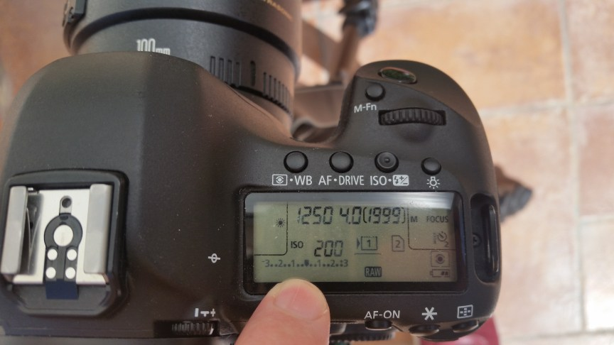 The exposure bar on the LCD screen of a Canon 5D Mark 3