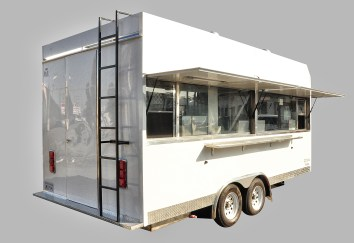 Rear access of the trailer
