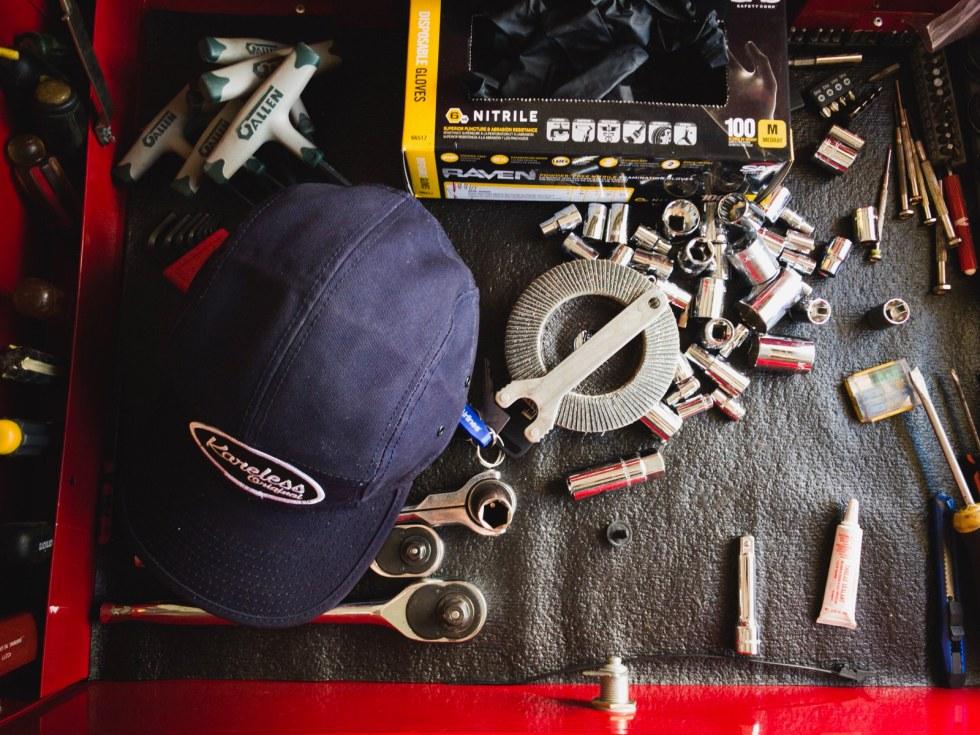 Karless hat on tools