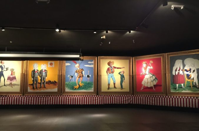 Paintings of sideshow artists at ringling circus museum
