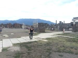 Sorrento, Capri, Italy, Amalfi Coast, travel, explore, discover, Pompeii, Sicily, Naples
