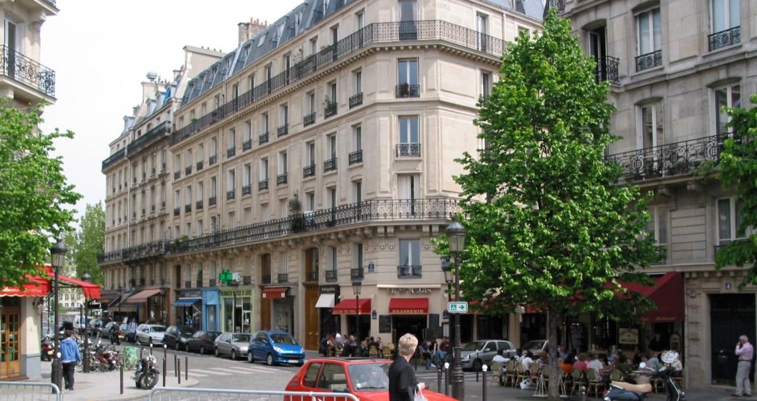 Paris Street, Karen Hugg, www.karenhugg.com, #Paris #writing #books