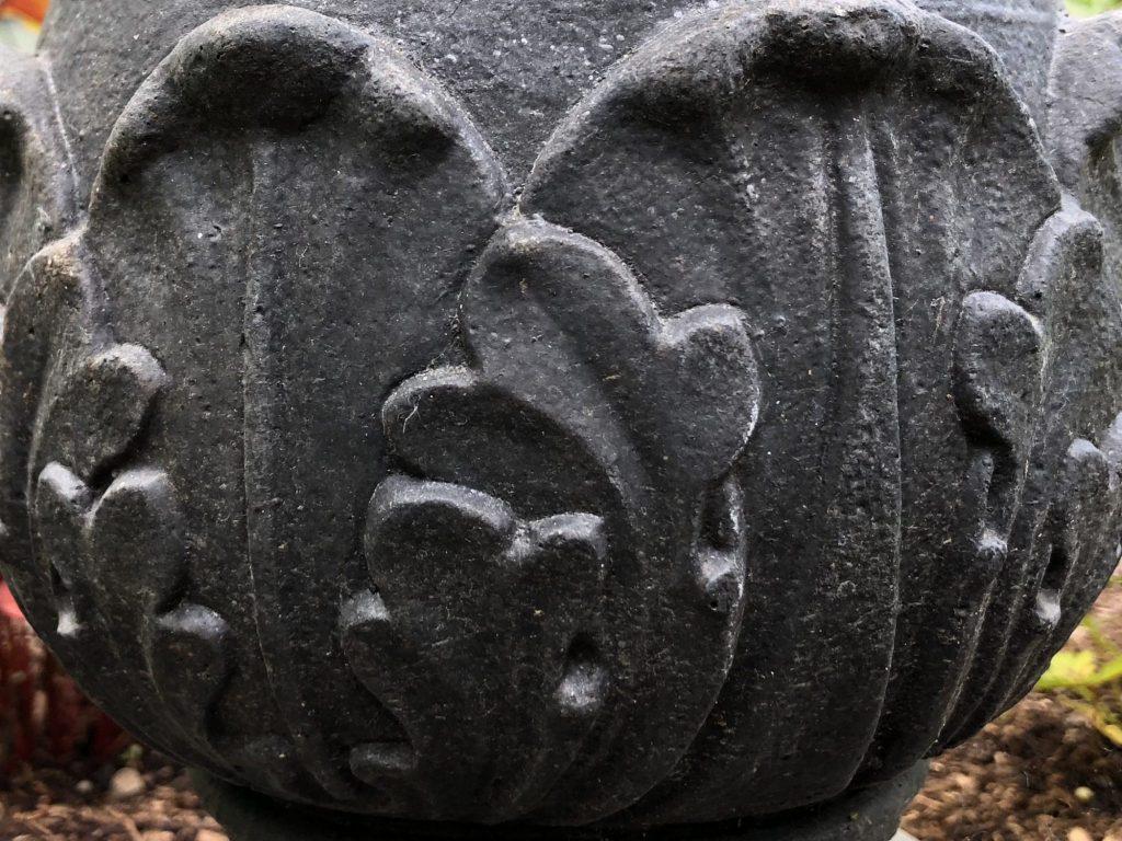 Black Stone Leaf, Karen Hugg, www.karenhugg.com #stone #scroll #leaf #decorative #birdbath