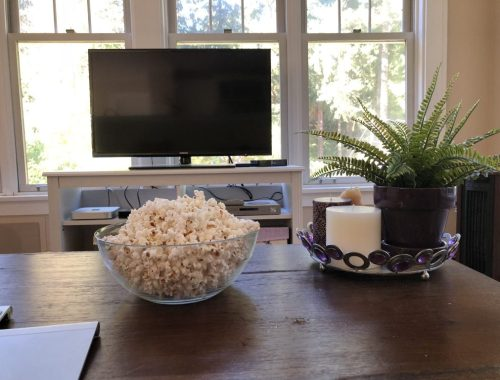 Popcorn and TV, Might and Main Monday: Tackling Procrastination, Karen Hugg, https://karenhugg.com/2018/08/12/procrastination #procrastination #writing #tasks #work