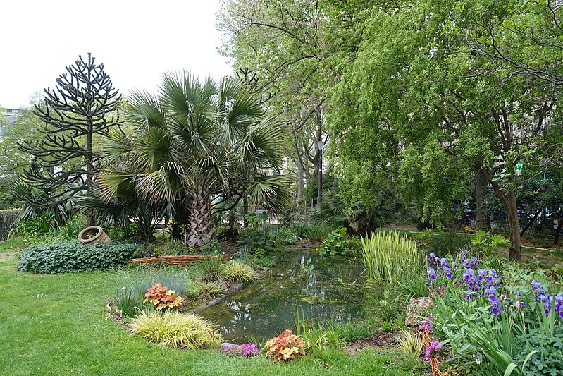 A Hidden Garden in Paris Waiting to Be Discovered, Karen Hugg, https://karenhugg.com/2019/03/04/hidden-garden-paris, Photo by Guilhem Vellut #SquareBoucicaut #Paris #France #parks #gardens #secretgarden
