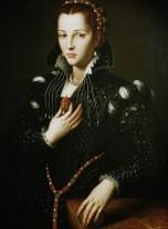 portrait-of-lucrezia-de-medici