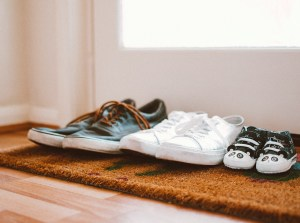 Karen-Lewis-LCSW-Psychotherapist-Teaneck-NJ_Row-of-pairs-of-shoes-of-family_Family-Counseling.jpg
