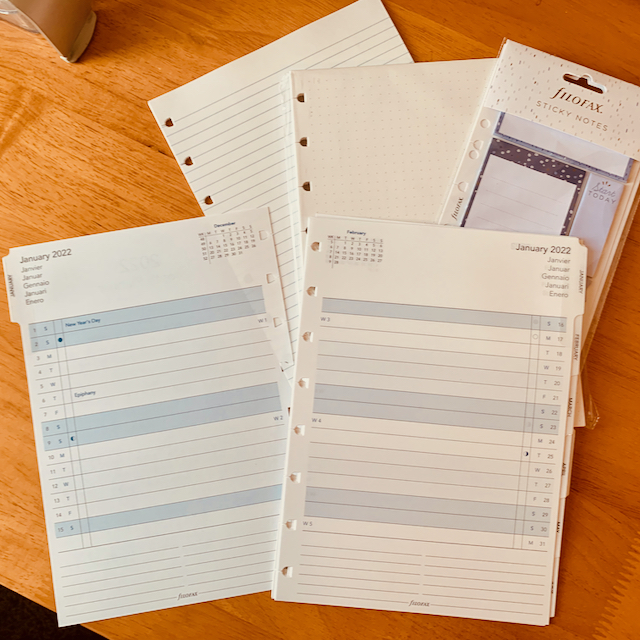 Calendar pages, sticky notes, and blank/lined pages for the filofax notebook.