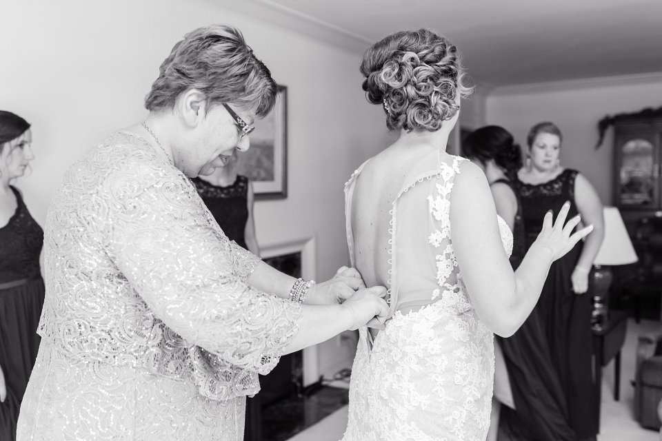 Bride and mom getting ready in Champaign