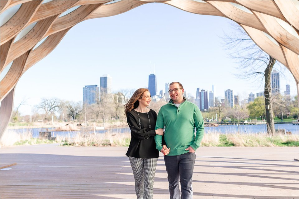 Spring Engagement Session at Lincoln Park Nature Boardwalk in Downtown Chicago by Karen Shoufler Photography