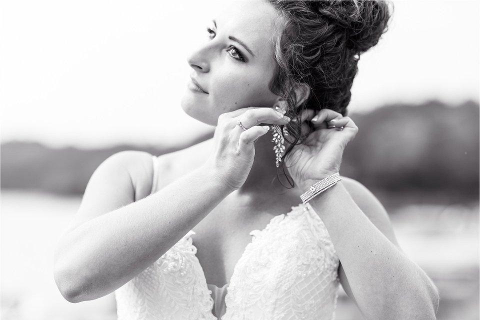 Bride at Egyptian Hills Resort on Lake of Egypt