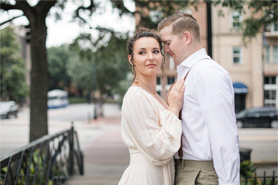 Couple in Savannah, GA by destination photographer Karen Shoufler