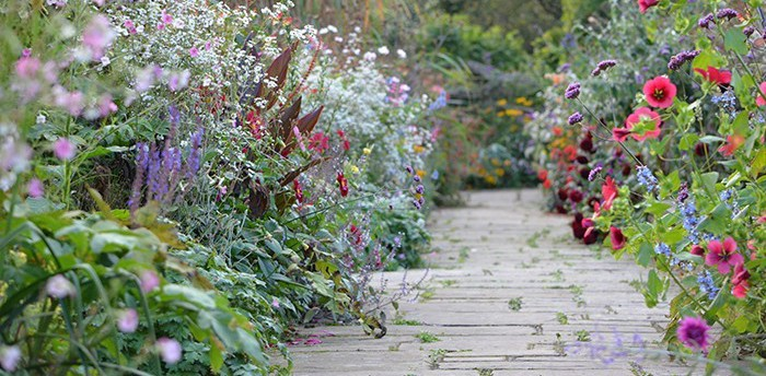 cropped-Garden-Path.jpg