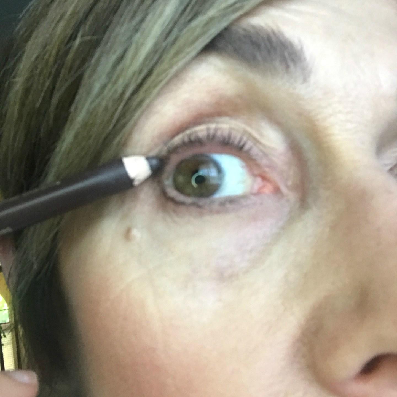 Apply Eye Pencil