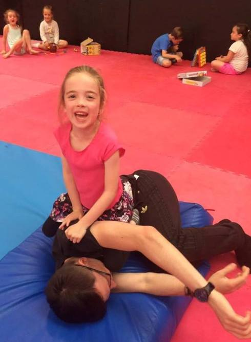 Lauren won this fight with Wojtek !