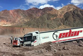 Truck caught in a rockslide near Aconcagua