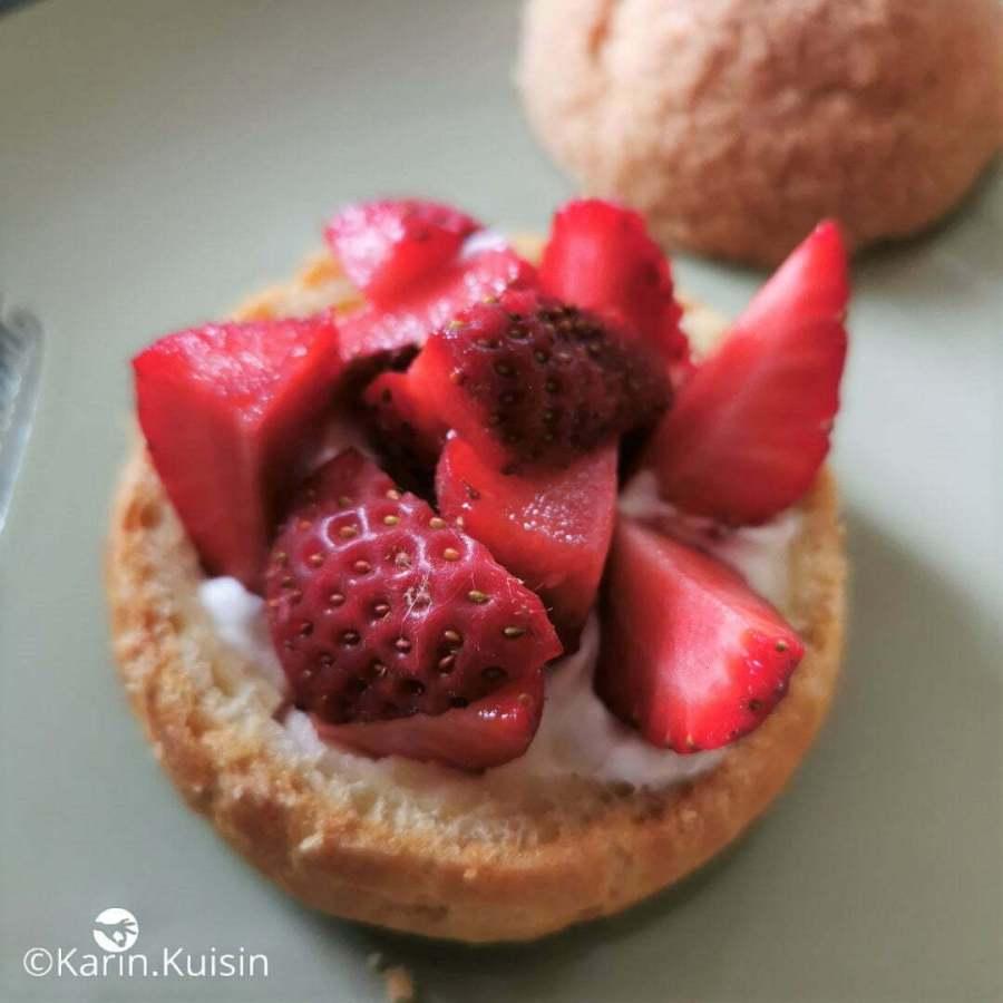 chou fraise garnir montage