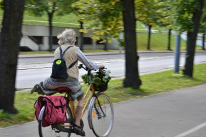 Momentum Magazine: Can Everyday Biking Keep Us Young?