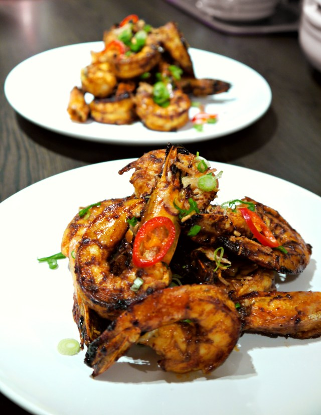 Gyan's Malaysian Nyonya (Chinese immigrants to Malaysia).  Delicious !!! The tamarind gives the prawns flavours, sweetness. It's crispy and soft inside. The chill adds punch to the dish.