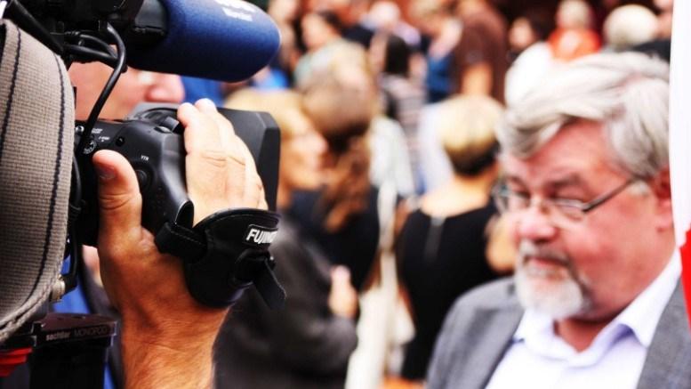 Cara Menjadi Jurnalis Termudah