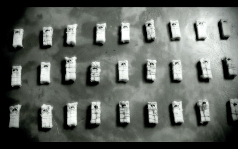 13-coffins-3