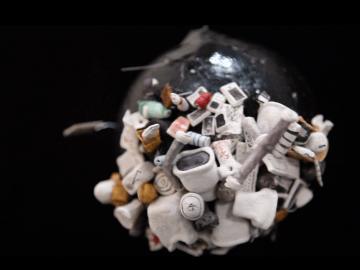 Details of Set - trash planet