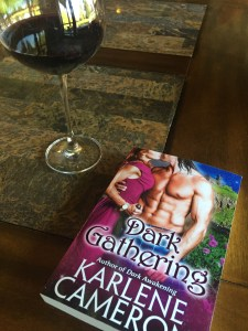 Dark Gathering a sci-fi romance novel by Karlene Cameron
