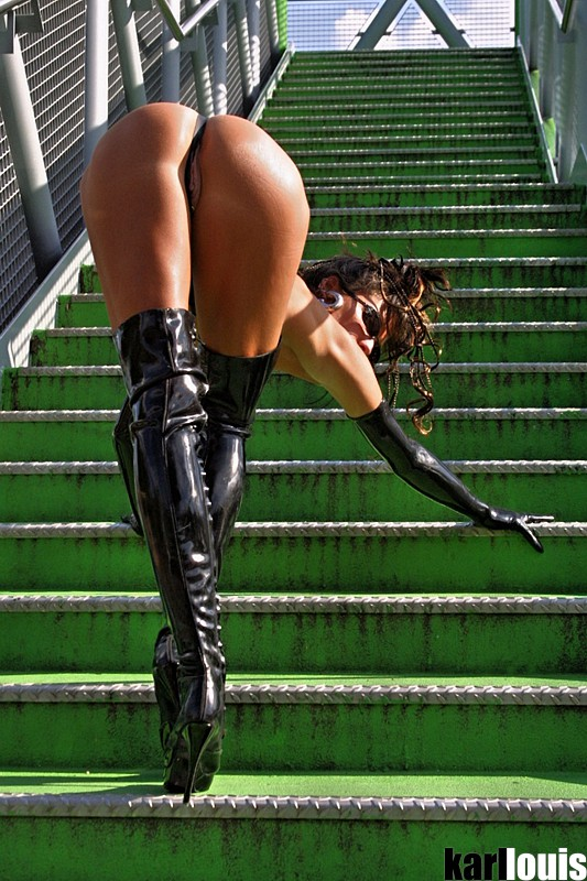 stairs_green_140-4076_r