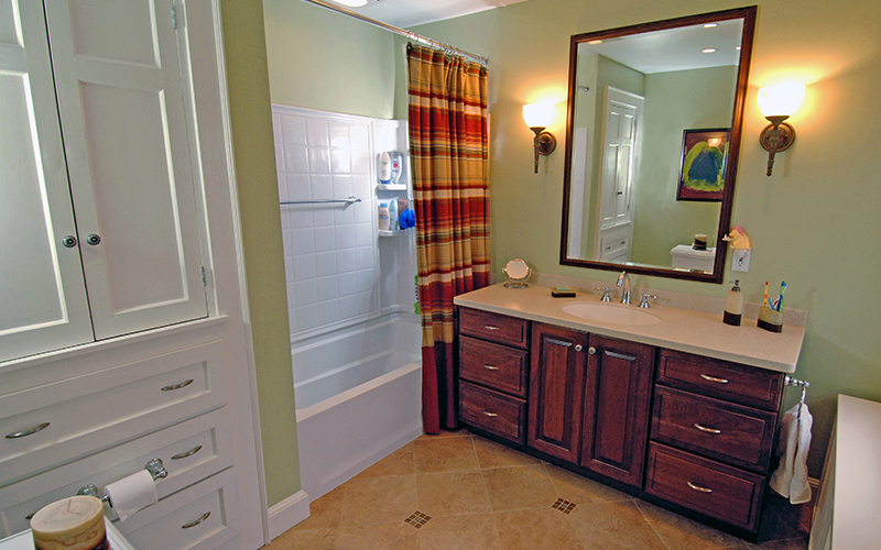 Bath Renovation | Shaker Heights, Ohio | Karlovec & Company