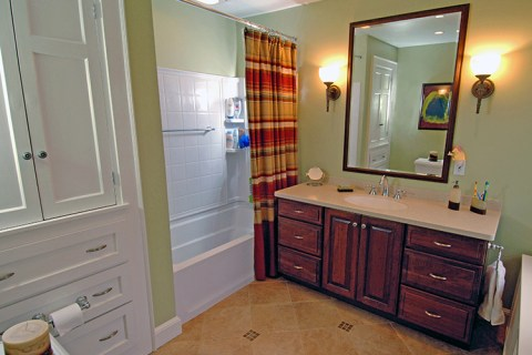 Avalon Road Bathroom