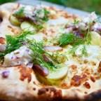 Matjessillpizza till midsommarbordet