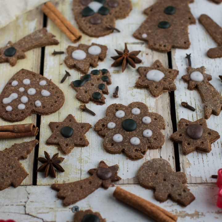 Vegan Gingerbread Recipe with Egg-Free Royal Icing