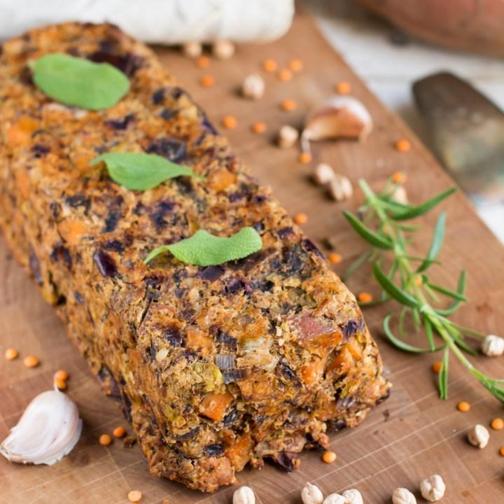 Vegan Festive Lentil-Potato-Nut Roast