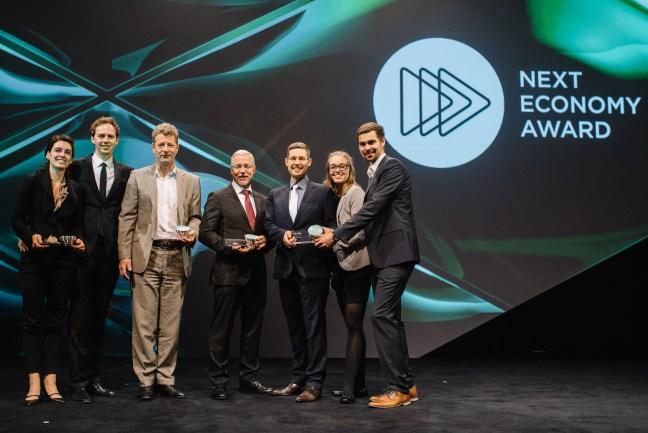 Gewinner des Next Economy Award 2016: Die Bürgerwerke, vertreten durch Kai Hock, Laura Zöckler, Felix Schäfer. Copyright: Dariusz Misztal