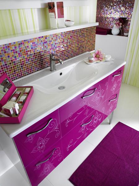 Glamour Bathroom Designs for Girls from Delpha | KARMATRENDZ on Model Bathroom Ideas  id=88951