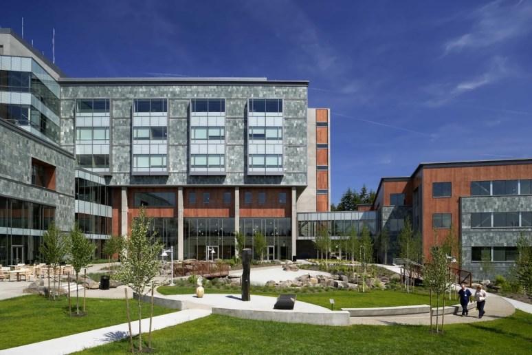 St. Anthony Hospital by ZGF Architects LLP | KARMATRENDZ