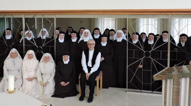 Nuncij Luciano Suriani u posjetu Karmelu sv. Josipa u Breznici Đakovačkoj