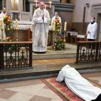 Święcenia kapłańskie współbrata z naszej Prowincji – Jana od Jezusa (Vidasa Labanauskas)