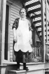 Helen Kun Karney, Circa 1925