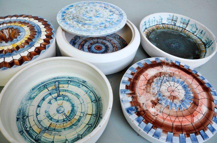 """Bachelor artistic thesis: """"My majolica – set of vessels forms"""""""